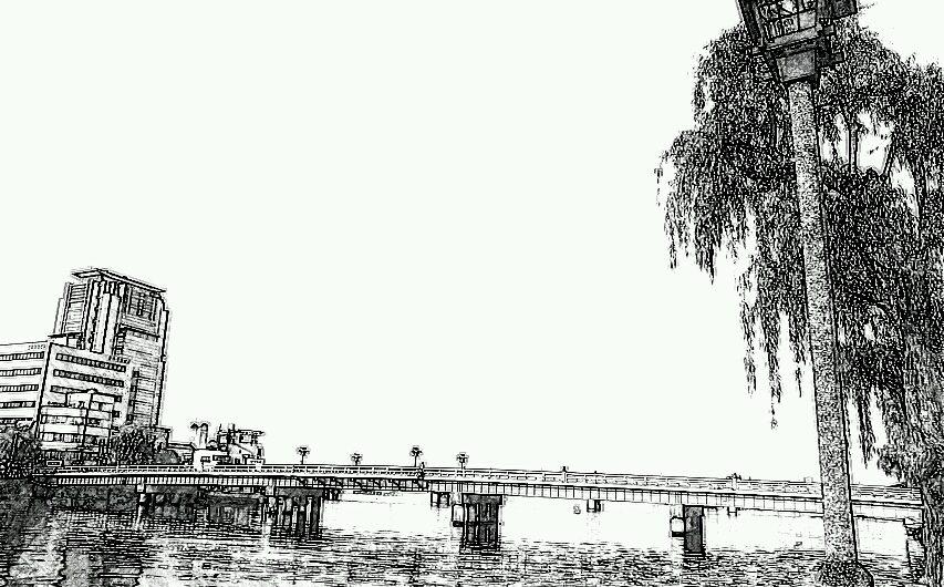 【絵画調変換No049】松江大橋の風景/鉛筆画風
